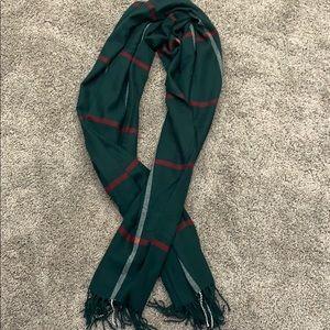 Yarnz wool & cashmere scarf